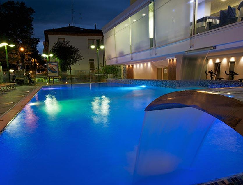 Hotel lido cattolica 3 stelle superior con piscina - Hotel jesolo 3 stelle con piscina pensione completa ...